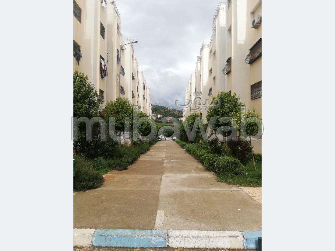 شقة للبيع ب طريق مكناس. المساحة الإجمالية 80 م².