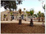 Somptueuse maison à vendre à Route de l'Ourika. Surface totale 1000 m². Belle terrasse et jardin