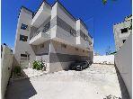 A Vendre un immeuble R+1 à Chotrana 1, Soukra