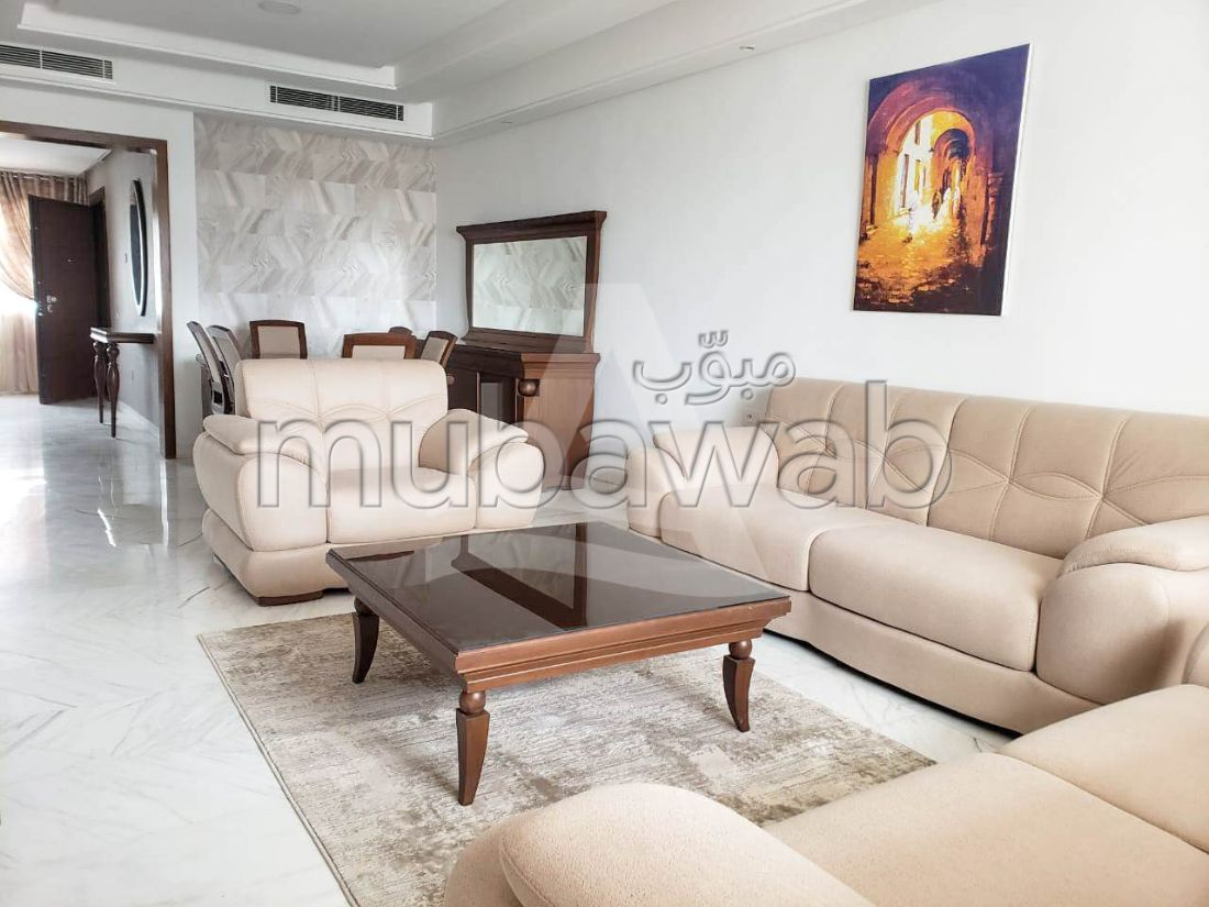 Apartment for rent in Les Berges Du Lac 2. Surface area 170 m². Dressing room.