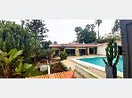 High quality villa for rent in Anfa Supérieur. 4 Small room. Carpark and garden.