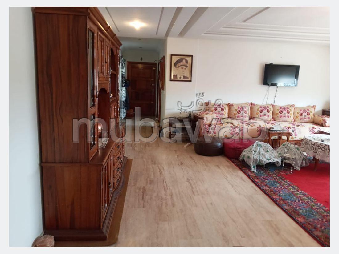 شقة للبيع ب ميموزا. 3 غرف. مصعد وأماكن وقوف السيارات.