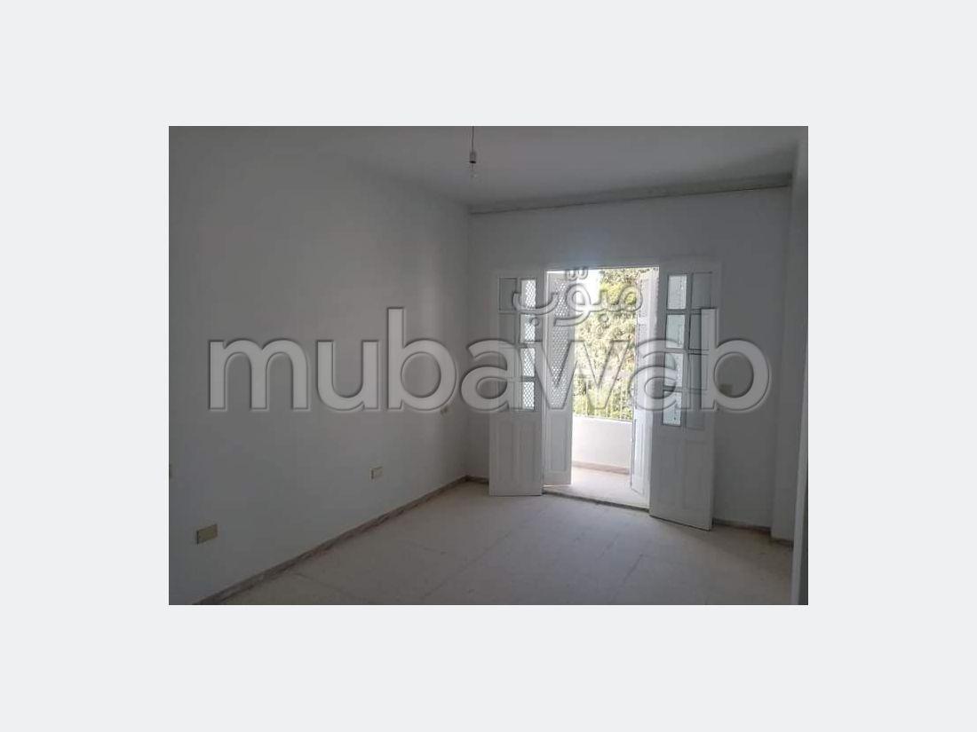 A louer appartement S3 sans meuble à Sousse