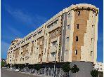 شقة للبيع ب بوخالف. المساحة الإجمالية 63 م². المناطق الخضراء ومصعد.