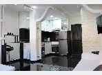 Bonito piso en venta en Hay Targa. 2 Sala. Servicio de conserjería, aire condicionado.