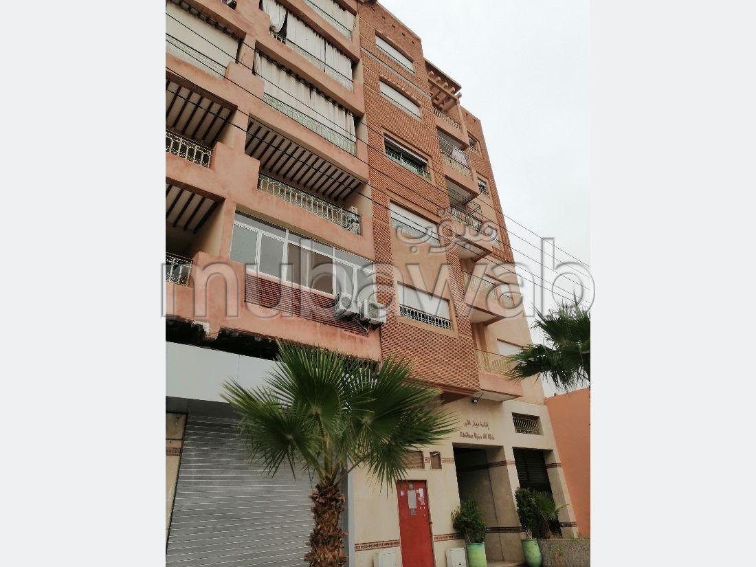 Appartement à l'achat à Route Casablanca. 7 pièces. Avec ascenseur et terrasse