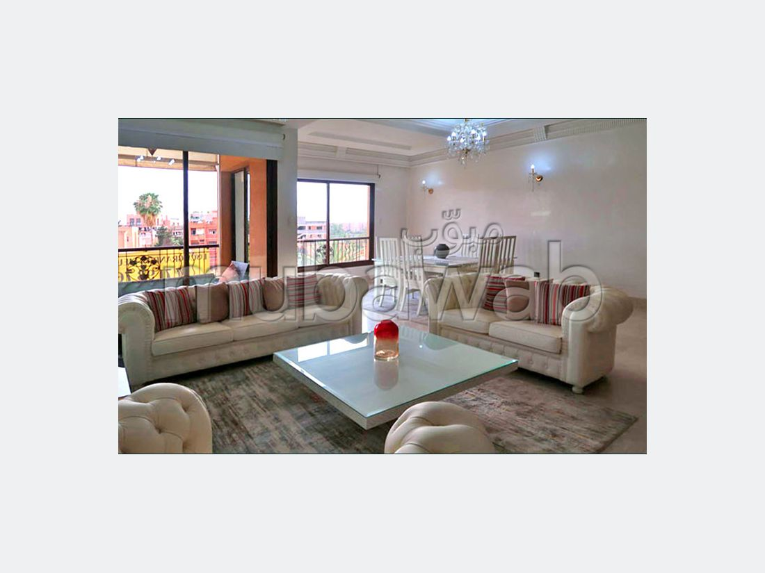 Apartment for rent in Hivernage. Small area 130 m². Well decorated.
