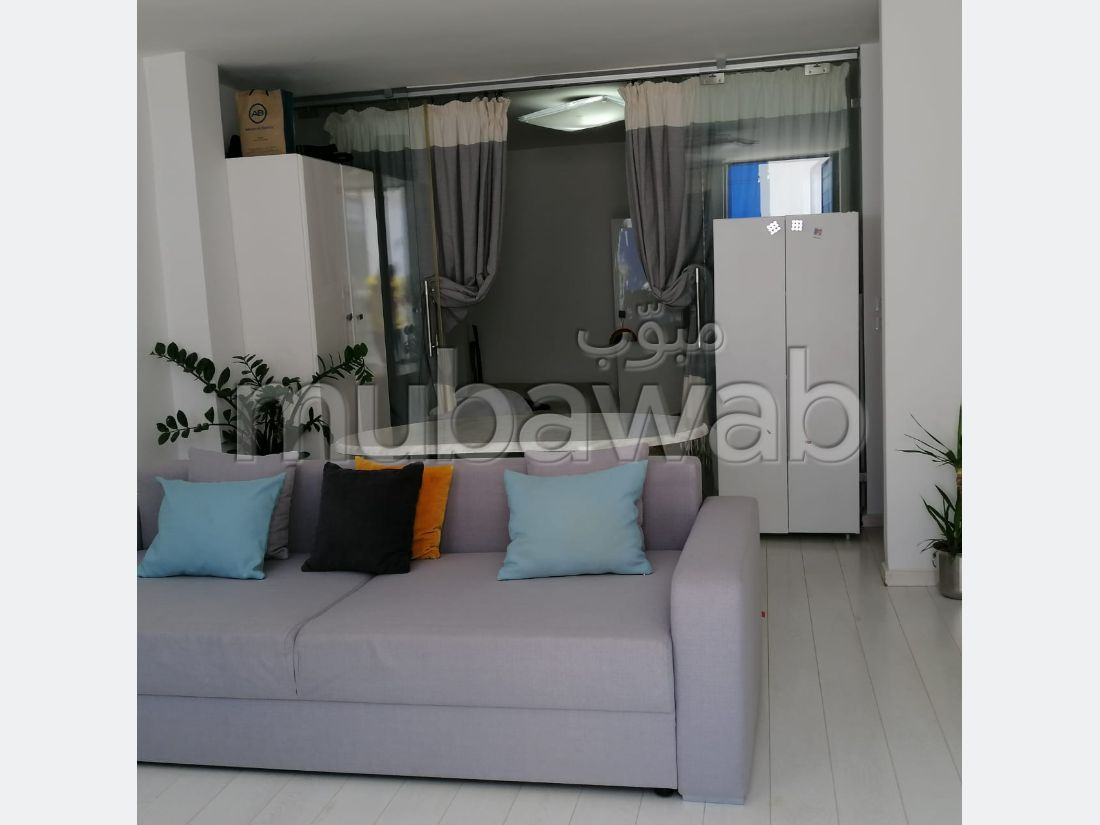 Apartment for rent in Sidi Bousaid. 1 lovely room. Satellite dish system and secured residence.