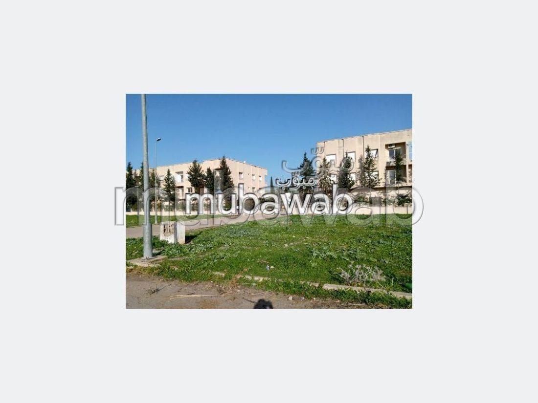 Magnífico piso en venta en Sehb El Ward. Area 90 m². Residencia con conserje, aire condicionado general.
