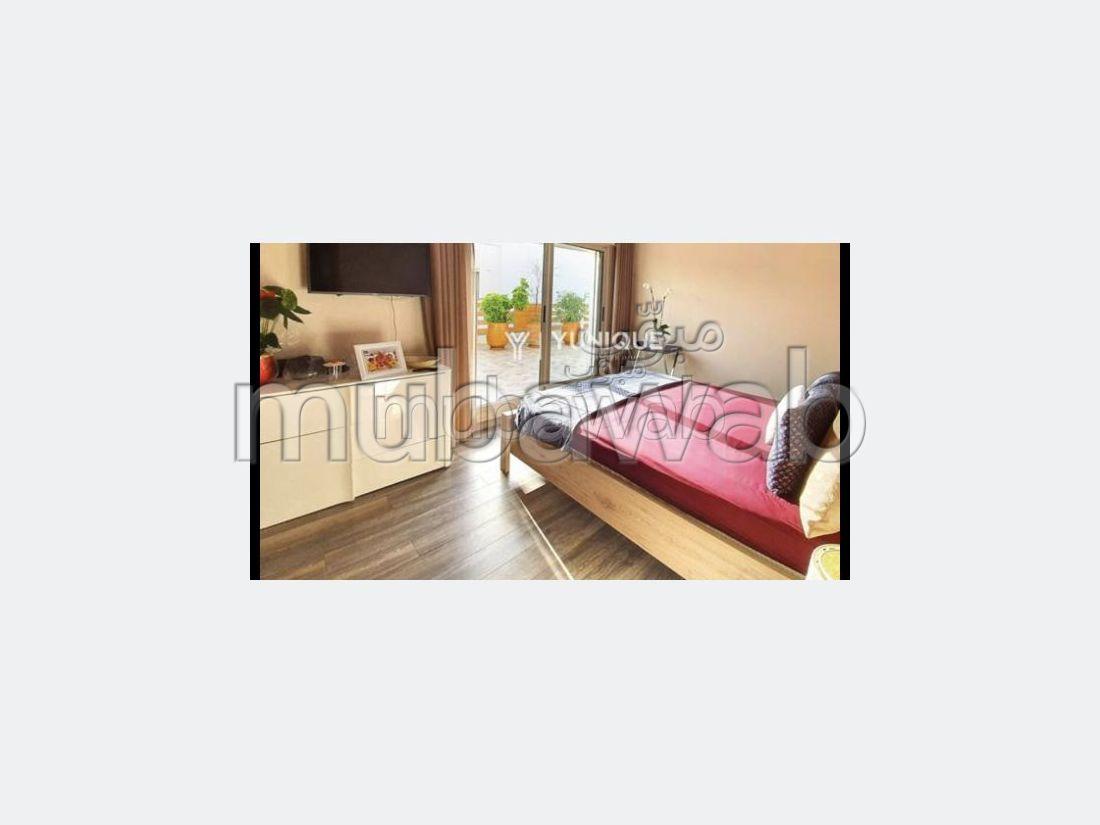 Villa de haut standing à vendre à Les Crêtes. 4 belles chambres. Jardin et terrasse