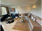 بيع شقة ببوسكورة. المساحة الإجمالية 125 م². خدمات الكونسياج ، و تكييف الهواء.