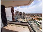شقة جميلة للكراء ب الحي المالي للدار البيضاء. 3 قطع مريحة. مصعد وشرفة.