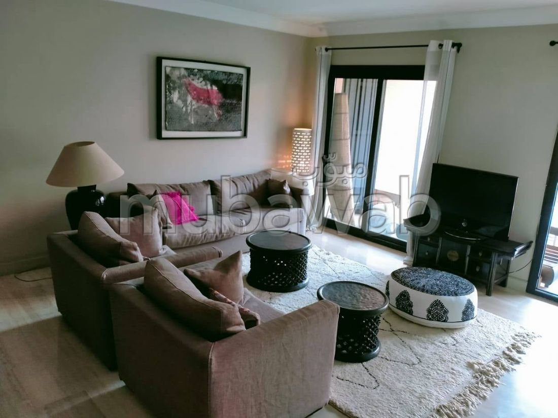 Find an apartment for rent in Hivernage. Large area 130 m². Ample storage space.