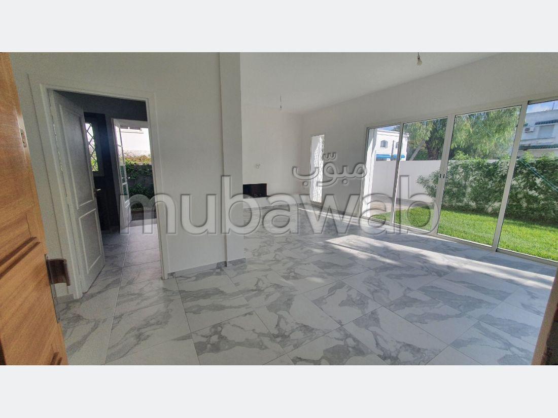 Villa de luxe à louer vide à CIL 4 chambres avec jardin