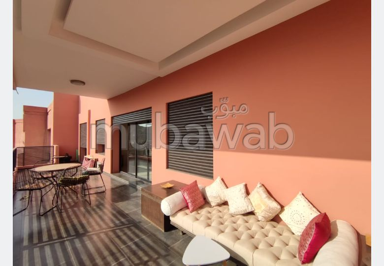 Flat for rent in Guéliz. 3 Small room. caretaker and air conditioning.