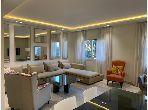 Magnífico piso en alquiler en Triangle d'Or. Area 150 m². Ascensor y terraza.