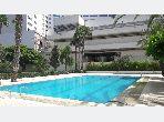 Nu huren: appartementen in Malabata. 5 Ruimtes. Zwembad en conciërgeservice.
