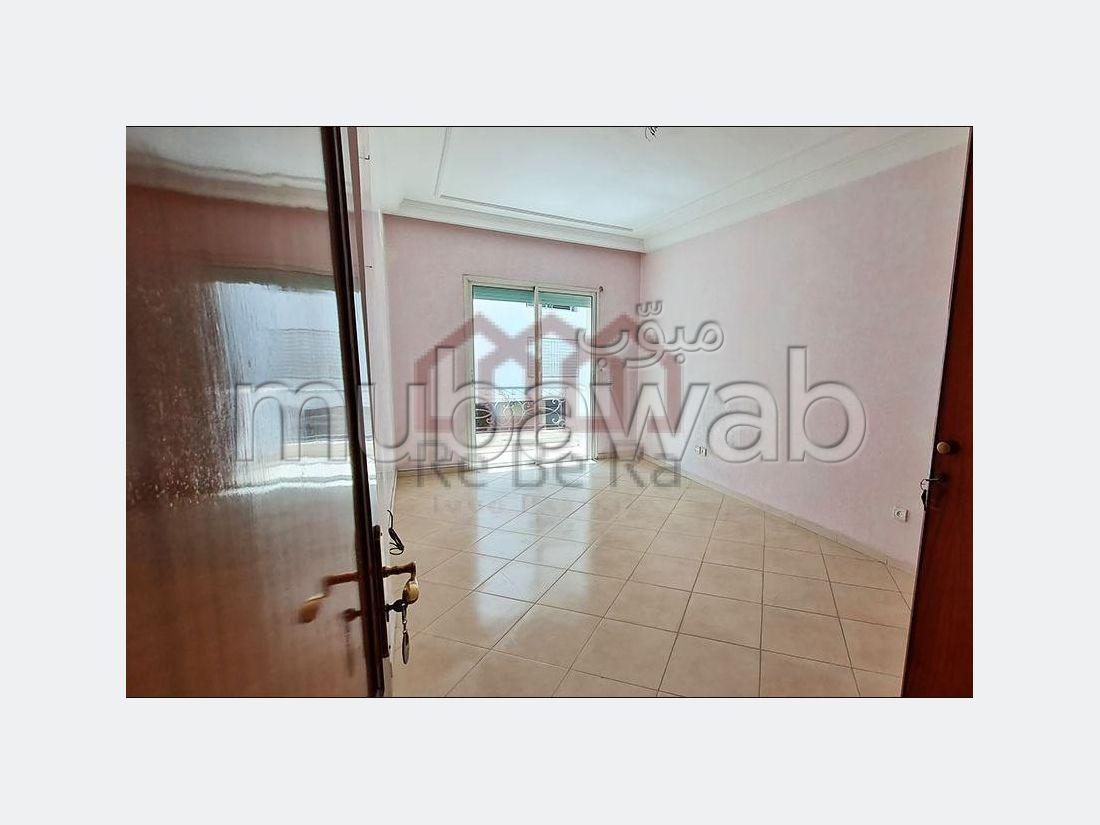 شقة للشراء ب ميموزا. المساحة الإجمالية 163 م². مرآب.