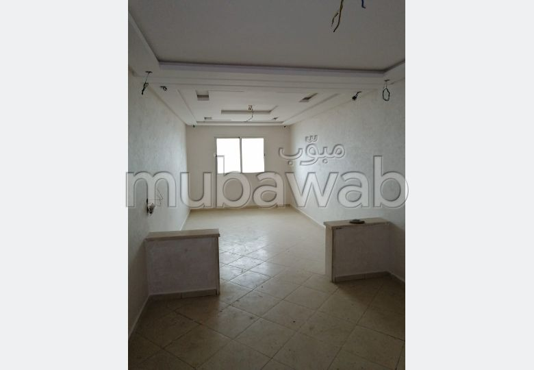 Bonito piso en venta en Sidi Hajji. 3 Estudio.