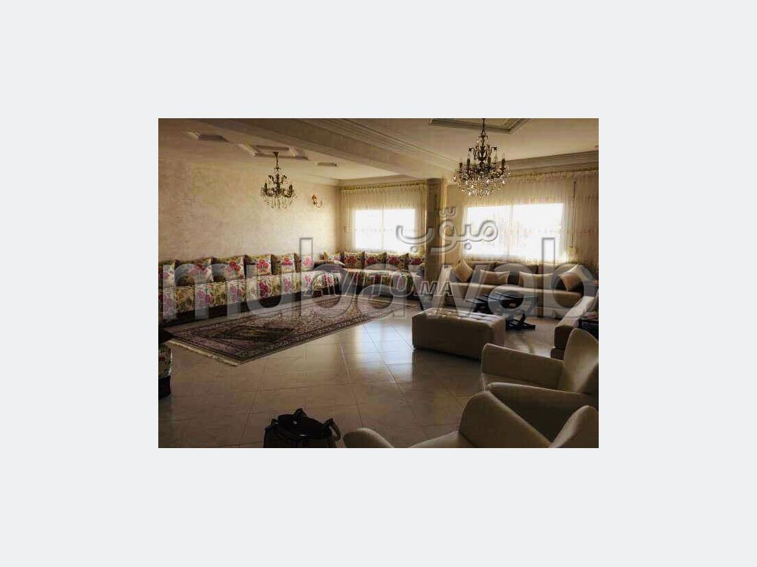Apartment for sale in Bourmana. 3 Dormitory. caretaker and air conditioning.