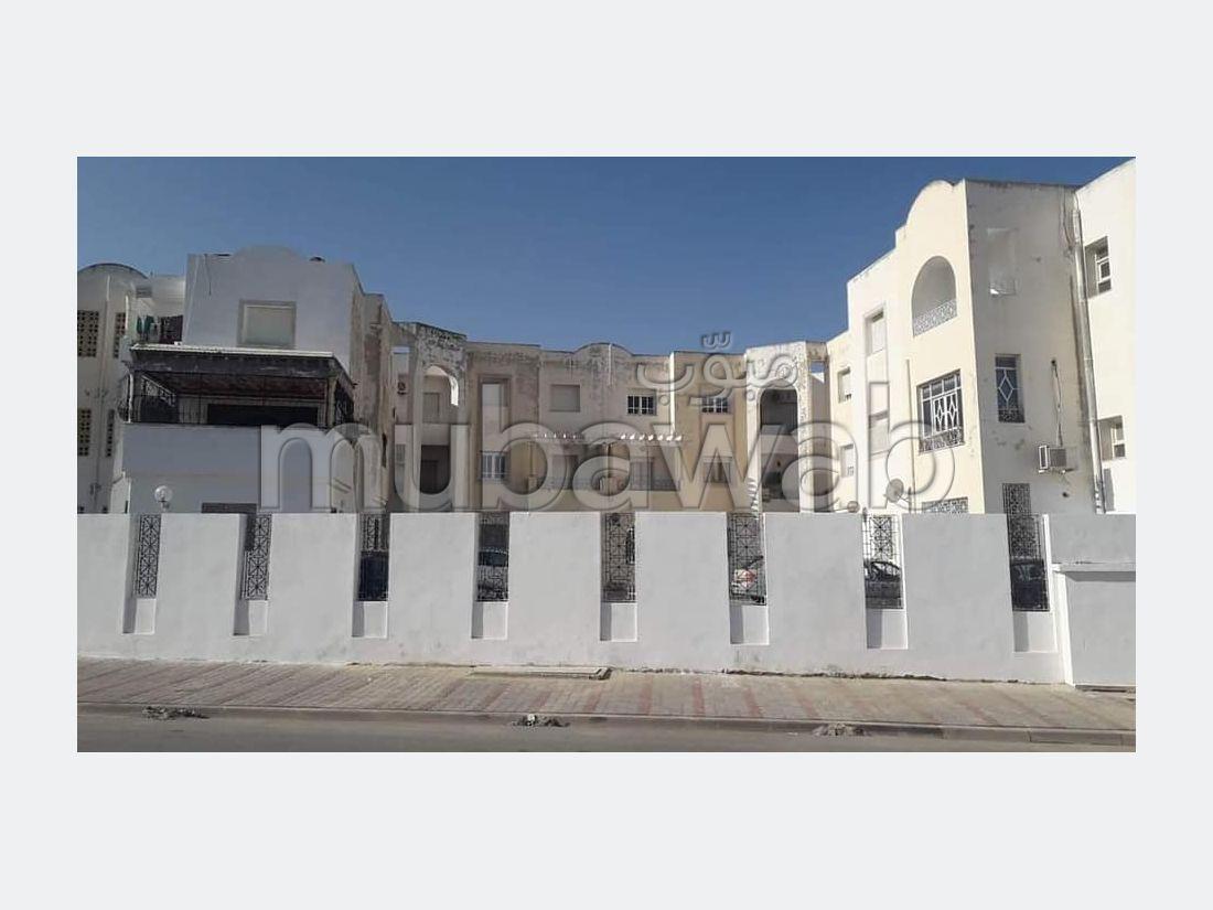 Raouad: À Vendre Un Appartement S2