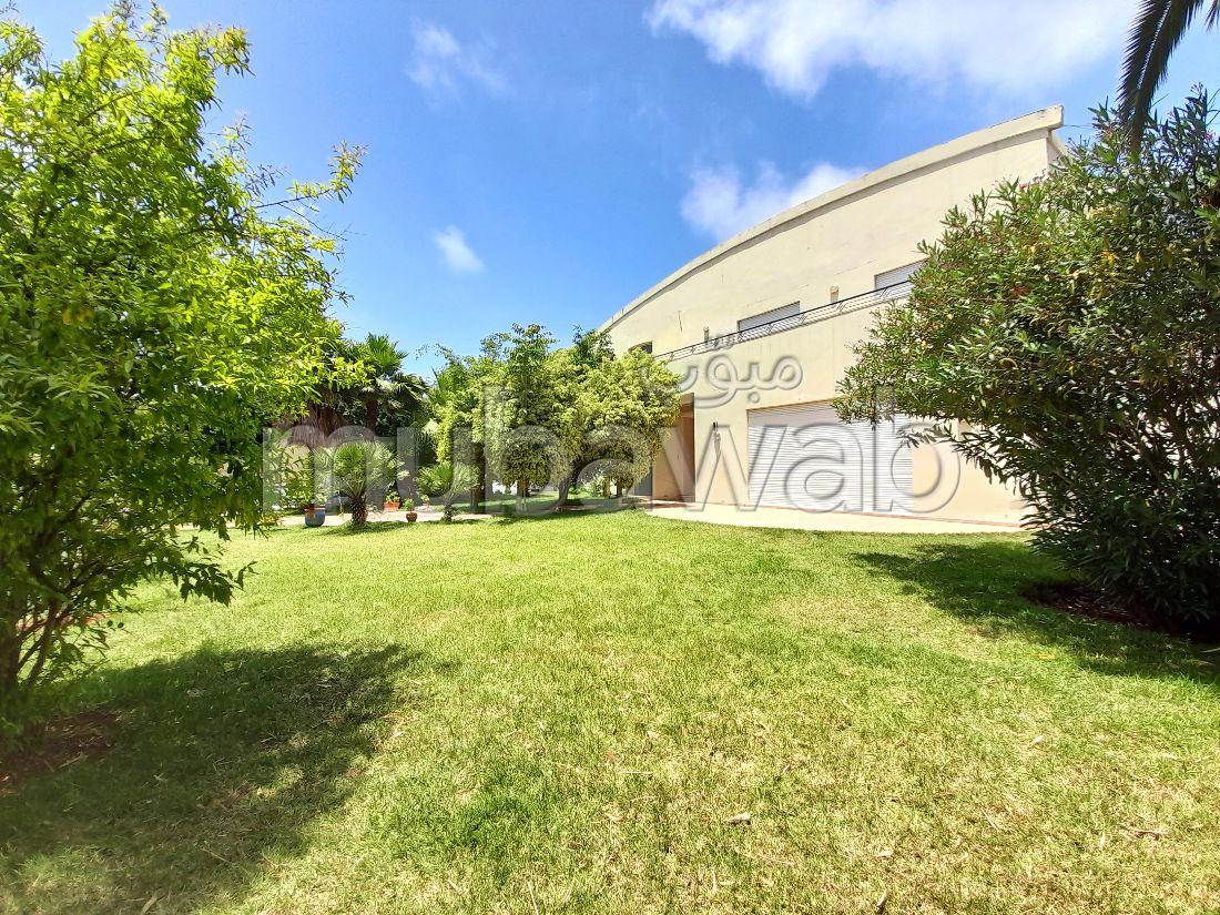 OPPORTUNITÉ COMMERCIAL: villa à vendre sur Cil