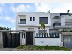 Luxury home for sale in Oulfa. 6 lovely rooms. Satellite dish system and Moroccan living room.