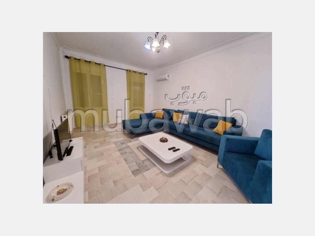 شقة للإيجار ب الحمامات. 2 غرف جميلة.