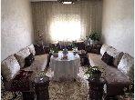 Se vende piso en Mkinssia. 3 Sala común.