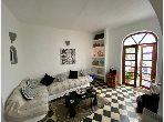 منزل رائع للبيع بأصيلا. 2 غرف. حديقة وشرفة.