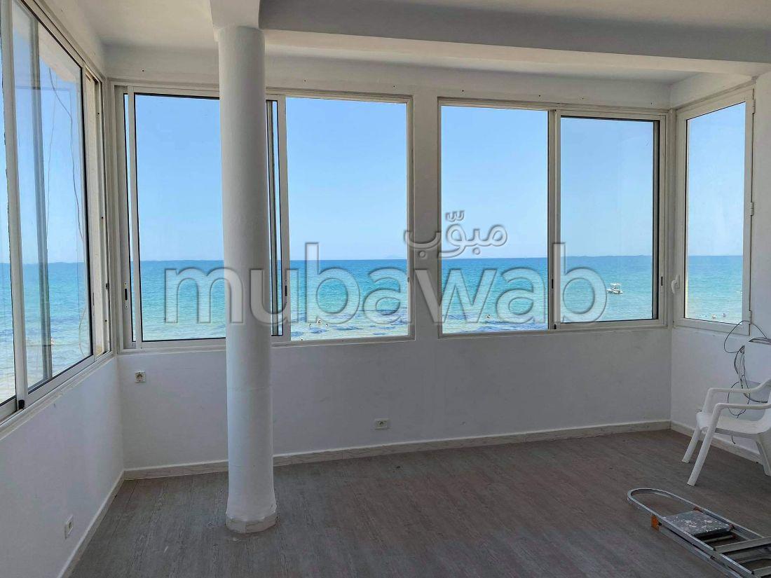 A louer à la marsa un étage de villa avec vue mer