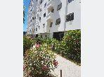 شقة جميلة للبيع بمرجان. 1 قطعة. صالون مغربي نموذجي ، إقامة آمنة.