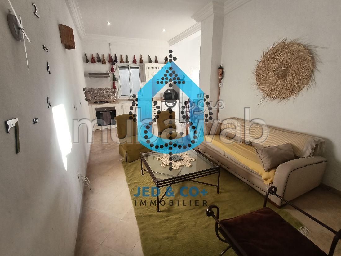 استئجار شقة. المساحة الإجمالية 90 م². شرفة مشرقة.