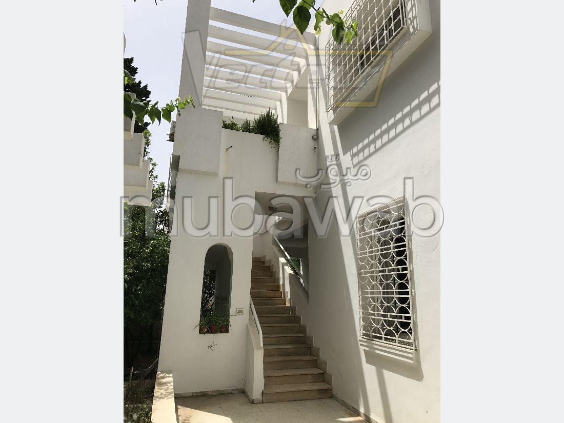 A VENDRE une très belle villa de 2 étages séparés
