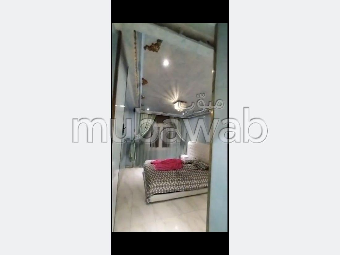 Bonito piso en venta en Médina. 2 Pequeña habitación. Salón marroquí.