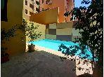 شقة للإيجار بطريق الدارالبيضاء. المساحة 56 م². مسبح.