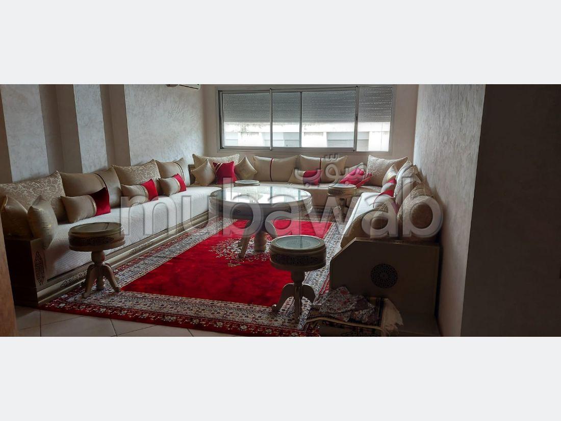 بيع شقة ب معمورة. المساحة الكلية 140 م².