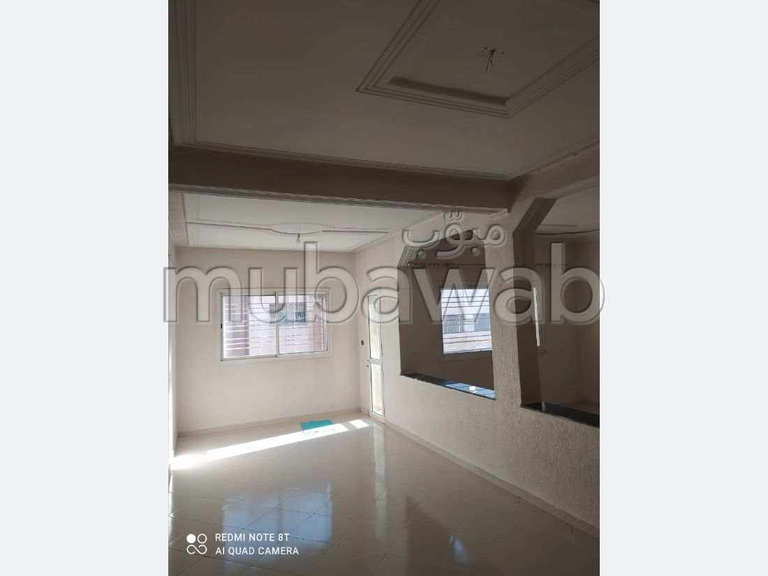 Apartment to purchase in Route se Sefrou. 5 rooms. Parking spaces.