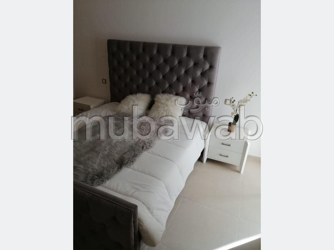 Precioso piso en alquiler en Monica. 5 Dormitorios. Amueblado.