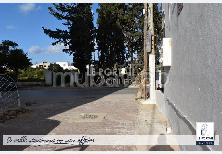 Terrain clôturé, situé à Bir Bouregba