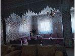Casa en venta en Ain Chock. 13 habitaciones grandes. Salón con decoración marroquí, sistema de parábola general.