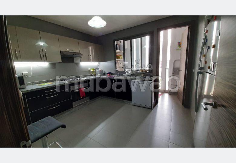 Joli appartement à vendre à Bouskoura