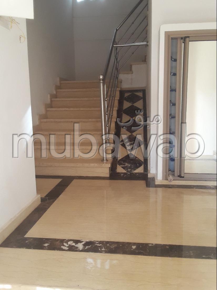 Piso en venta en Sidi Abdellah. 2 Estudio. Balcón.