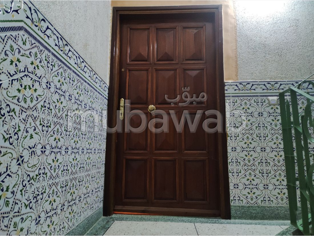 Very nice apartment for rent in Branes 2. 4 Surgery. Large terrace.