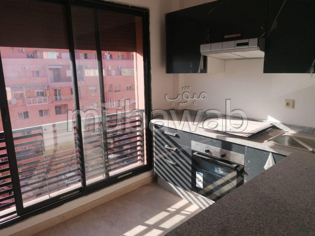 Alquila este piso en Guéliz. 1 dormitorio. Mobiliario nuevo.