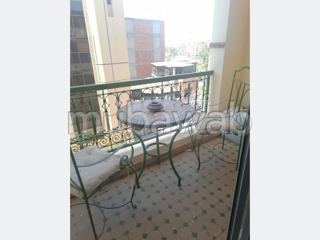 Very nice apartment for rent in Guéliz. 1 lovely room. New furniture.