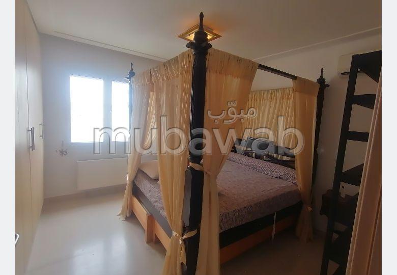A louer un appartement richement meublé a la marsa