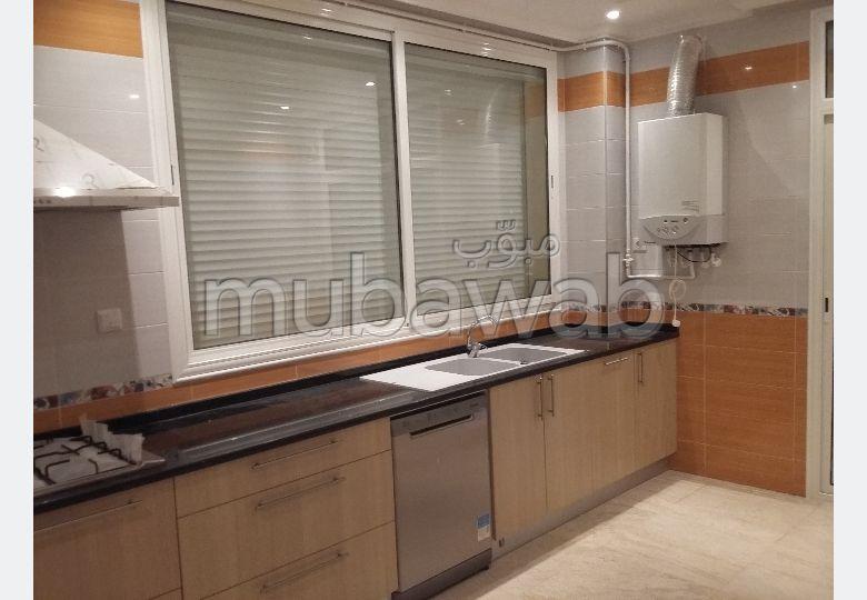 Appartement à vendre à Oued Romane F 3 dans résidence 10 appart. Trés bien situé