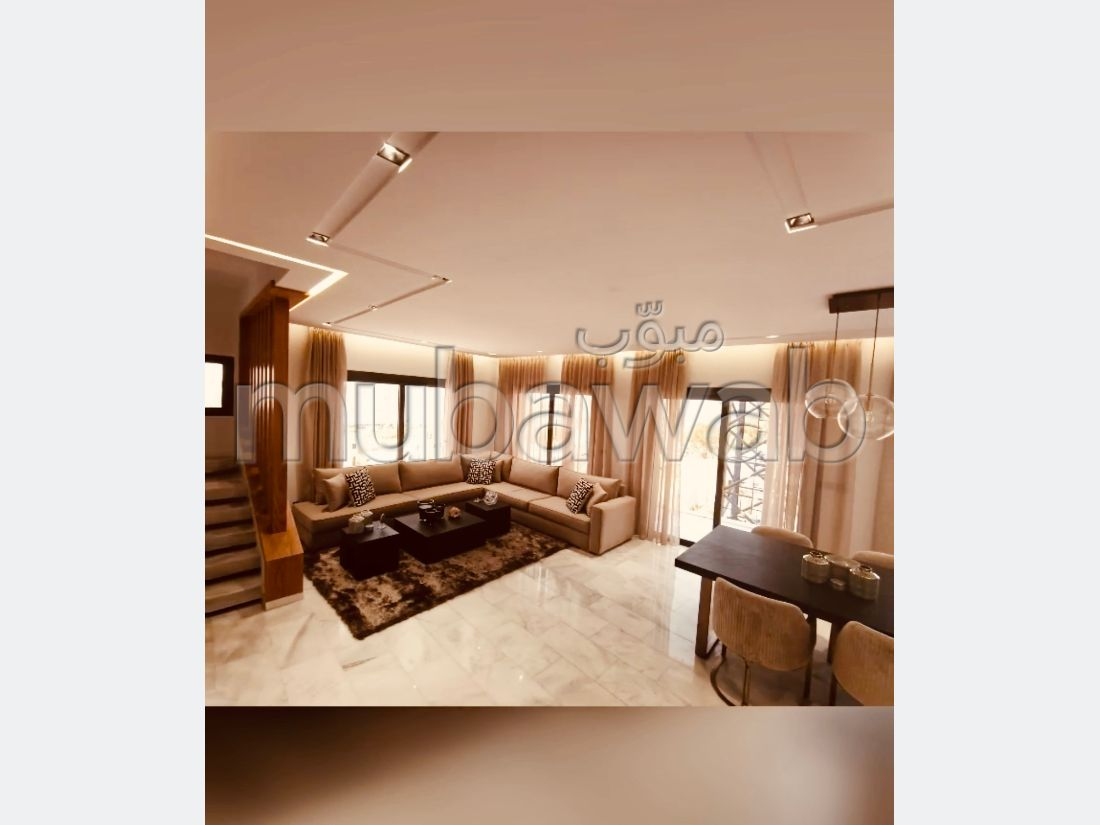 Find an apartment to buy in Sania. 3 Large room. Large balcony.