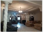 Apartment for sale in Centre. Small area 174 m². Traditional living room and reinforced door.